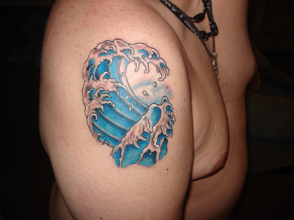 Incredible Blue Wave Tattoo On Shoulder