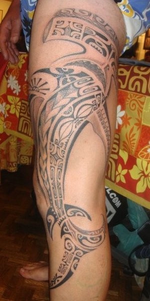 Long Polynesian Hammerhead Shark Tattoo On Leg