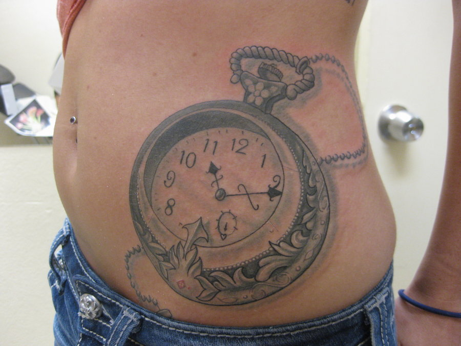 Mind Blowing Clock Tattoo On Waist