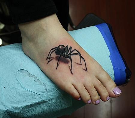 New 3D Black Spider Tattoo On Foot