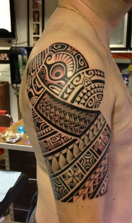 Newest Polynesian Tattoos On Half Sleeve