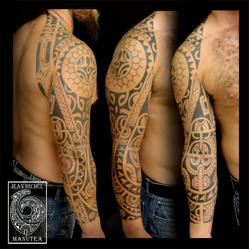 Nice Black Polynesian Tattoo On Right Sleeve