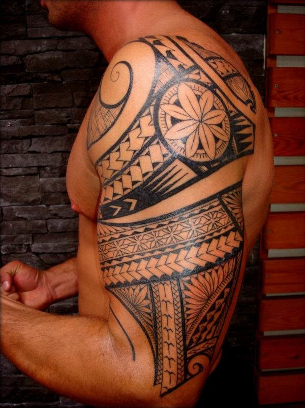 Polynesian Samoan Maori Tattoo On Half Sleeve