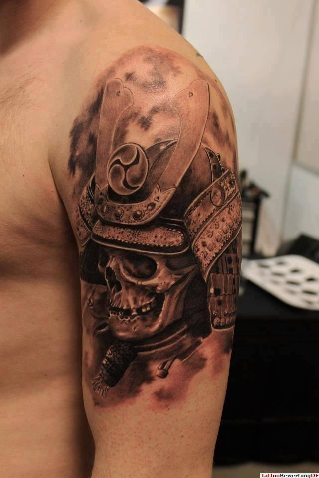 3D Samurai Skull Helmet Portrait Tattoo On Biceps