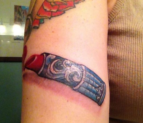 3D Wave Lipstick Tattoo On Arm For Women