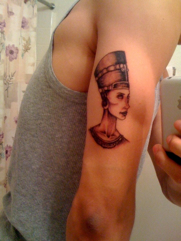 Amazing Egyptian Queen Tattoo On Triceps