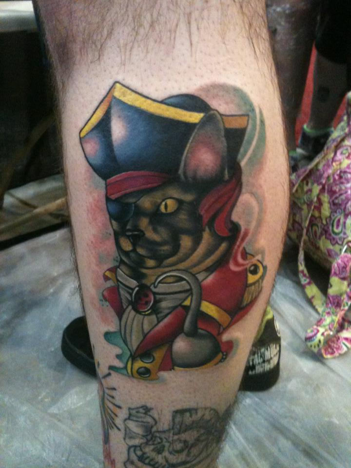 Amazing Pirate Animal Tattoo On Leg