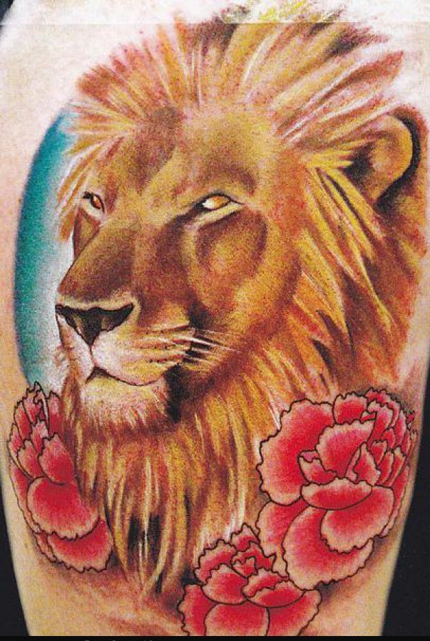 Animal Lion And Flower Tattoos