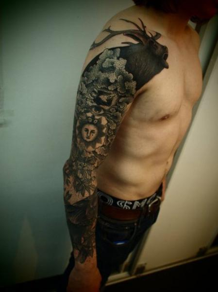 Animal Tattoos On Whole Sleeve