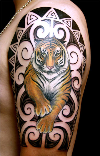 Animal Tiger Tattoo On Half Sleeve