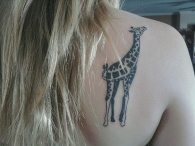 Awesome Animal Tattoo On Back Shoulder