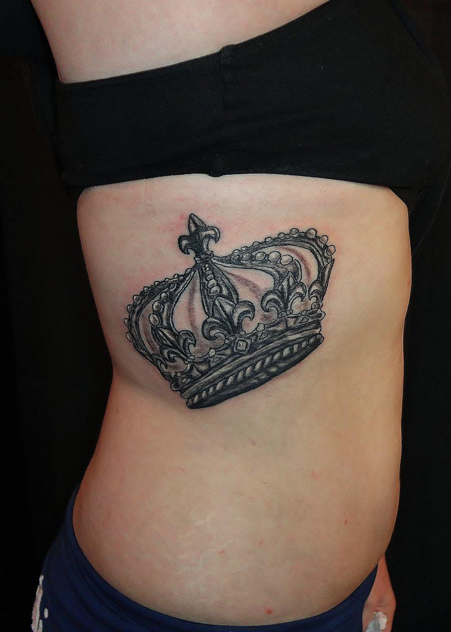 Beautiful Queen Crown Tattoo On Rib Side