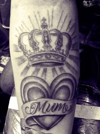Black And White Queen Crown And Heart Tattoos