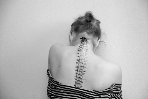 Black And White Spine Bone Tattoo (2)