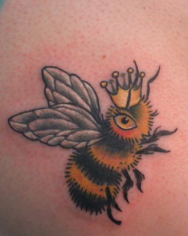 Color Queen Bee Tattoo