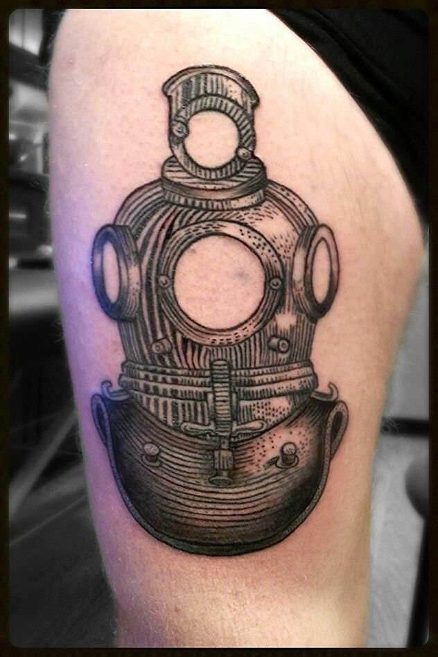 Dive Helmet Tattoo On Thigh