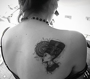 Egyptian Queen Tattoo On Right Shoulder Blade