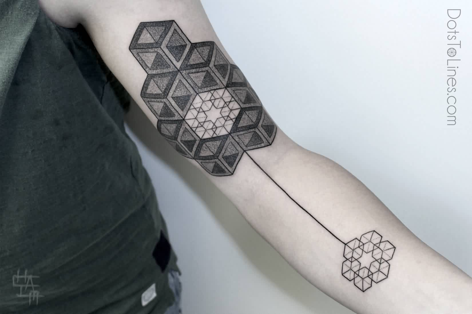 Geometric Arrow Tattoo On Arm (3)