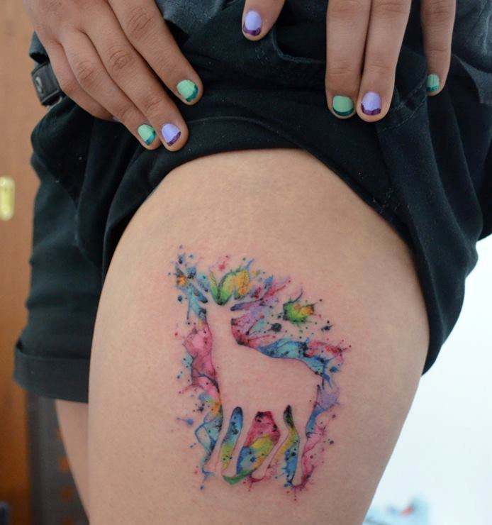 Girl Shows Off Her Watercolor Tattoo