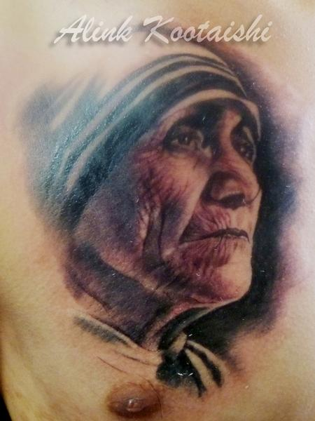 Great Mother Teresa Portrait Tattoo On Chest