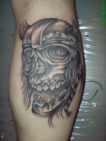 Grey Ink Skull Helmet Tattoo (2)