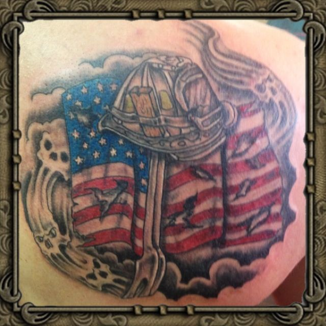 Helmet US Flag And Skull Tattoos