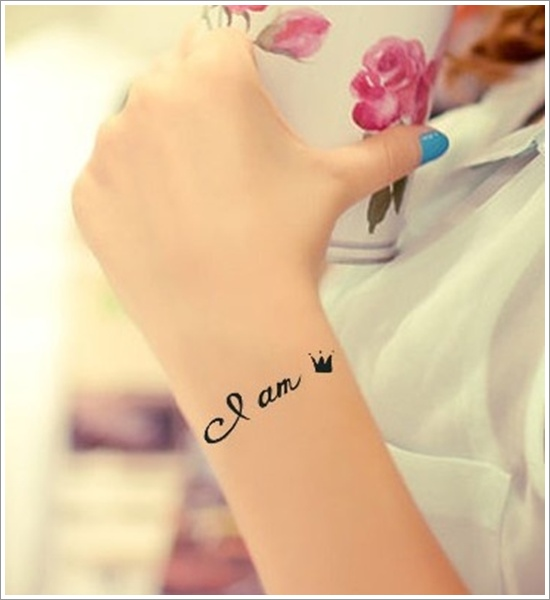 I Am Queen Temporary Tattoo On Wrist