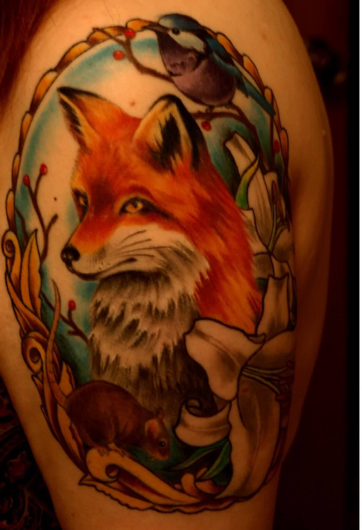 Impressive Animal And Flower Tattoos On Biceps