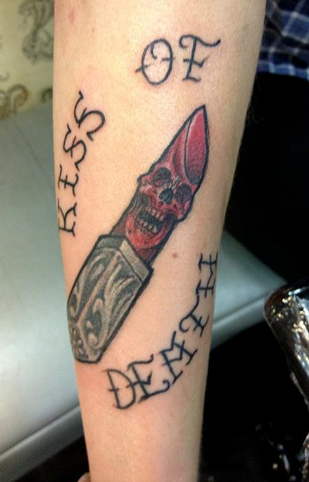Kiss Of Death - Lipstick Tattoo