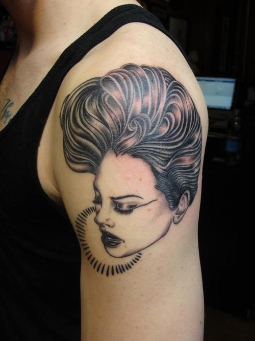 Lovely Portrait Tattoo On Shoulder (2)