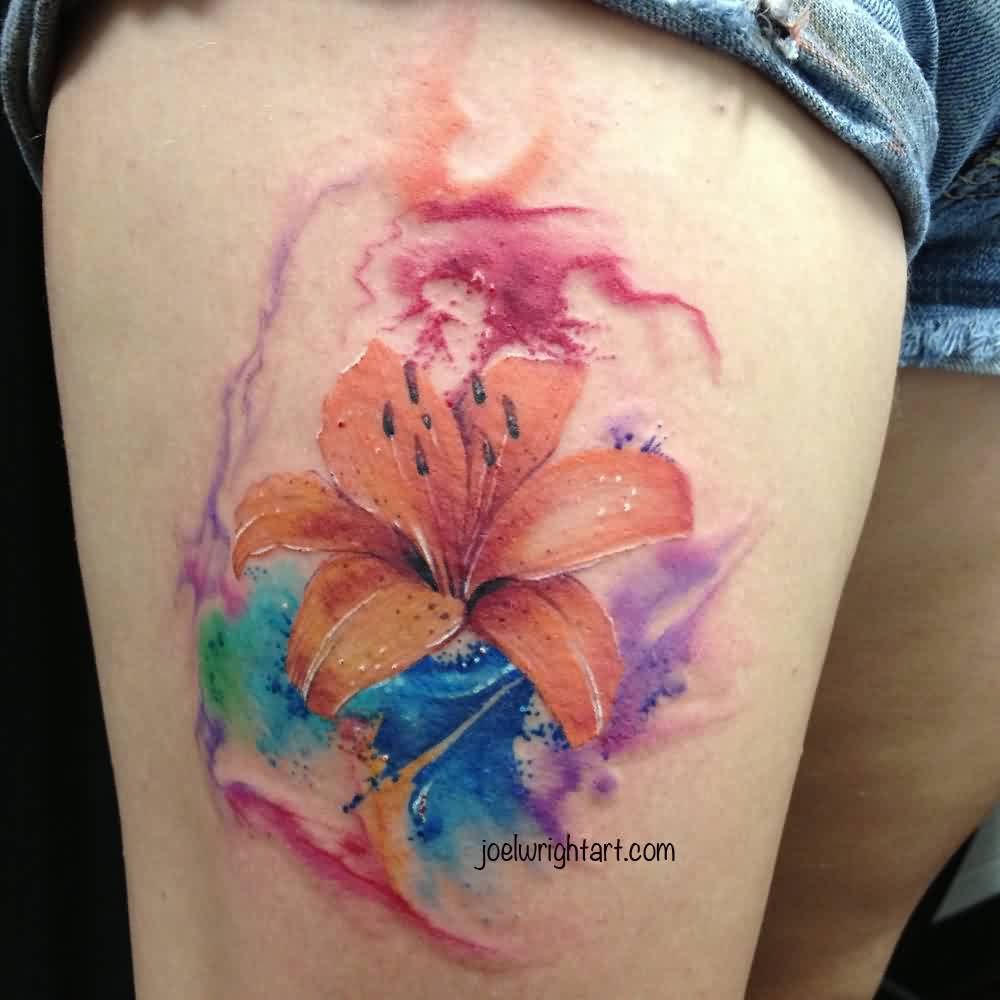 Lovely Watercolor And Tiger Lily Tattoos On Thigh