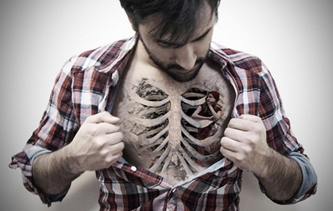 Man Shows Off Her Chest Bones Tattoo