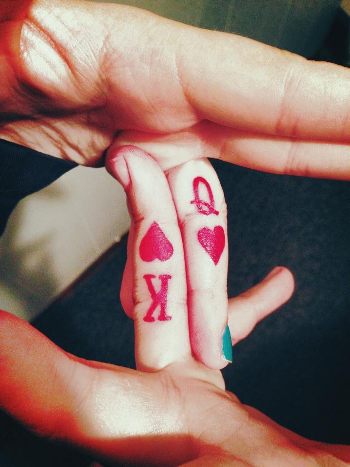 Matching Red King And Queen Finger Tattoos For Couple