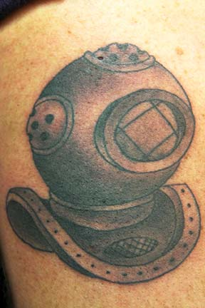 Nice Diving Helmet Tattoo