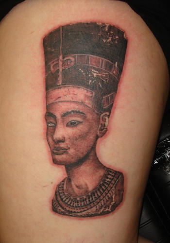 Nice Queen Nefertiti Portrait Tattoo