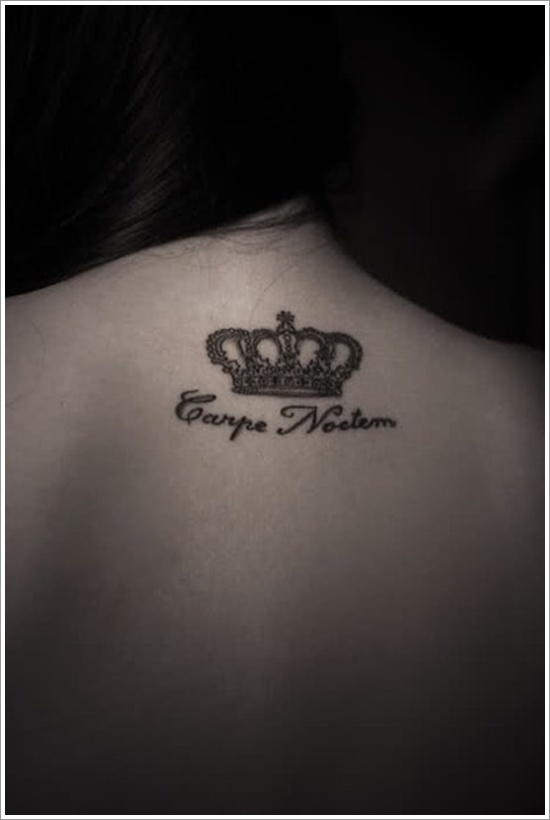 Queen Crown And Carpe Noctem Tattoos On Upperback