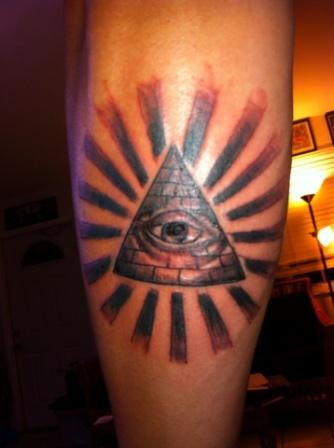 Rays And Eye Pyramid Tattoos (3)