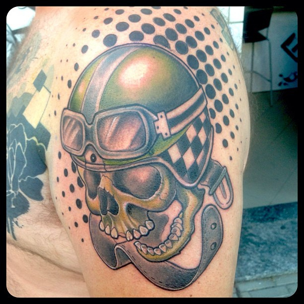 Skull Helmet And Black Dot Tattoos On Shoulder