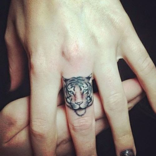 tiger finger tattoo design
