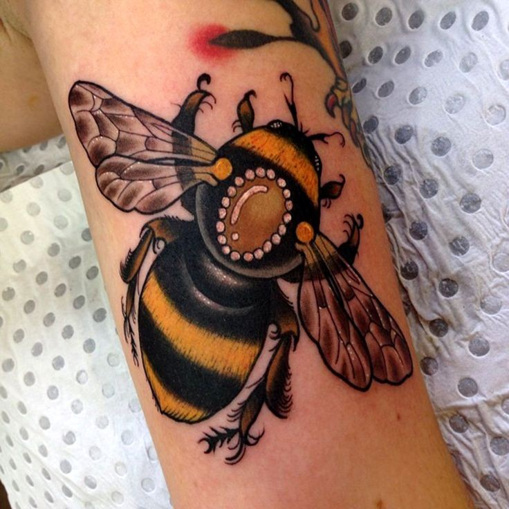 Coolest Animated Bumblebee Tattoo On Biceps