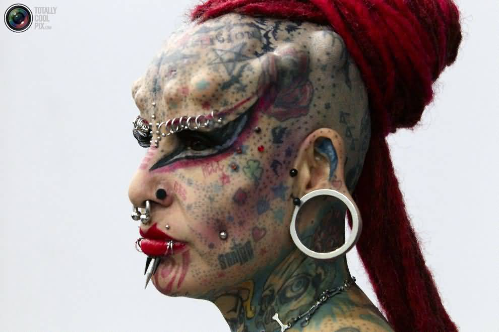 Extreme Tattoo Passionate Girl With Mind Blowing Designs