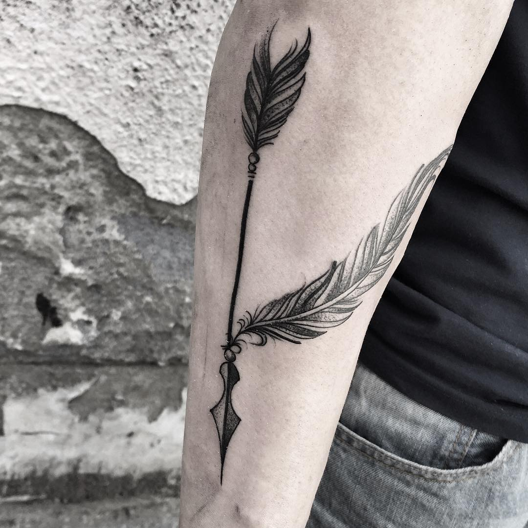 Fabulous Vintage Arrow Tattoo For Men Forearm