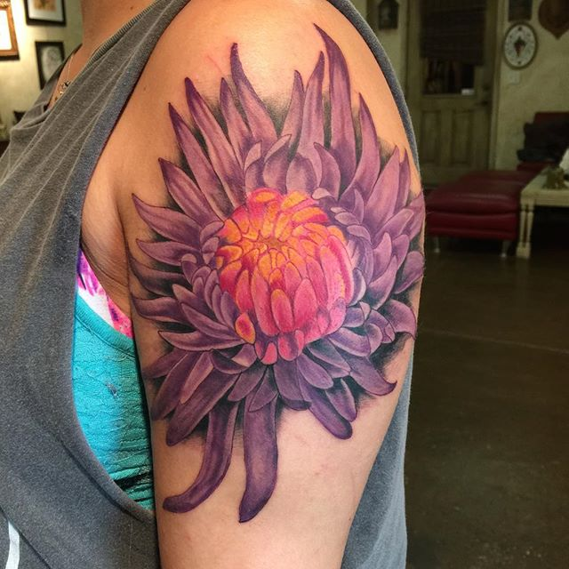 Fantastic Chrysanthemum Tattoo For Cute Girl Shoulder