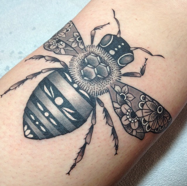 Grey Ink 3d Bee Tattoo Made On Men Sleeve
