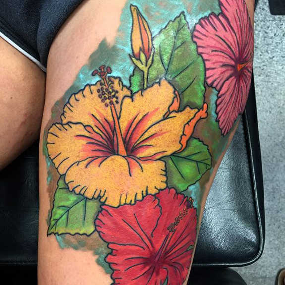 Colorful Hibiscus Animated Tattoo Design On Girl Thigh