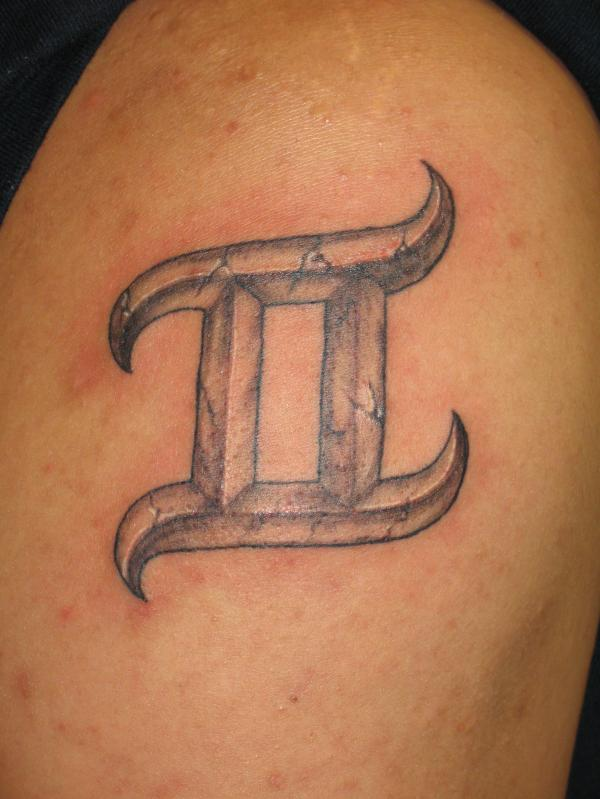 Coolest 3d Gemini Sign Tattoo For Men Shoulder