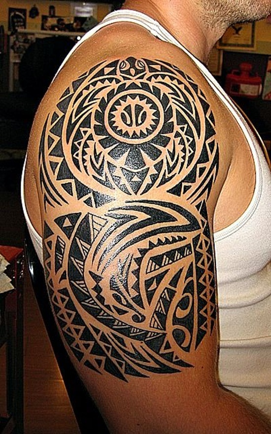 Fabulous Black Ink Hawaiian Tattoo For Men Sleeve