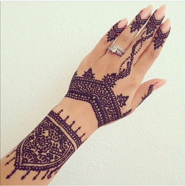 Traditional Henna Tattoo Design For Girl Hand