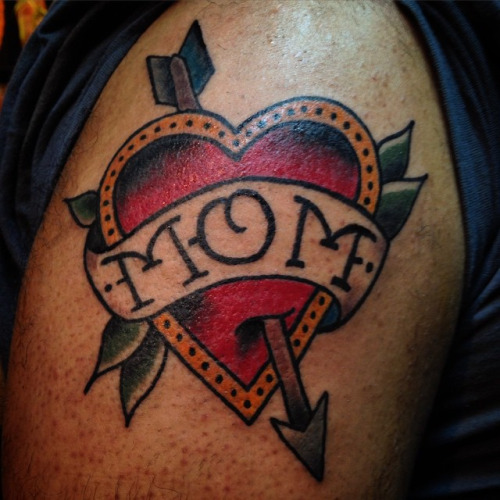 Arrow Love Heart Mom Banner Tattoo On Men Shoulder
