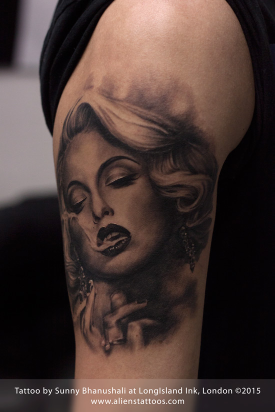 Awesome And Real Look Marilyn Monroe Tattoo Design Idea Make On Half Sleeve